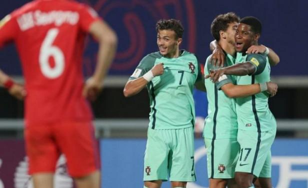 Portugal supera a Corea 0-3